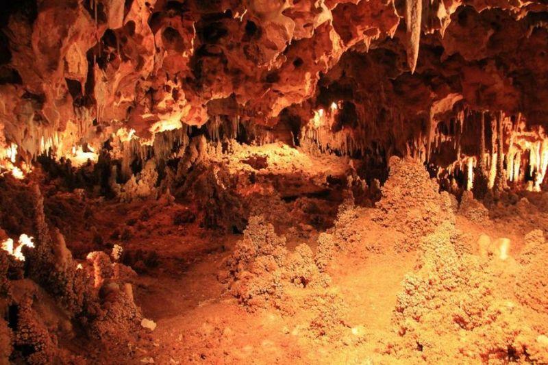 aven grotte de la forestière