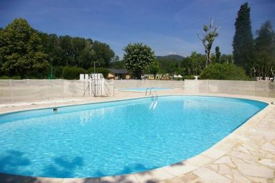 Camping en ard che for Camping montelimar piscine