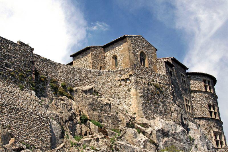 tournon sur rh ne castle museum places to visit ard che tourisme. Black Bedroom Furniture Sets. Home Design Ideas