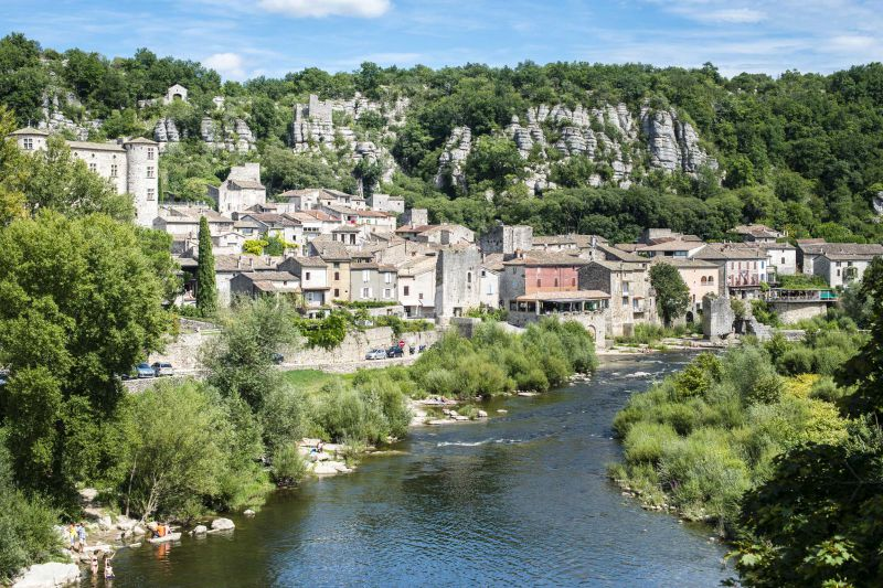 DOMAINE LOU CAPITELLE & SPA - Hostels - Ardèche Tourisme